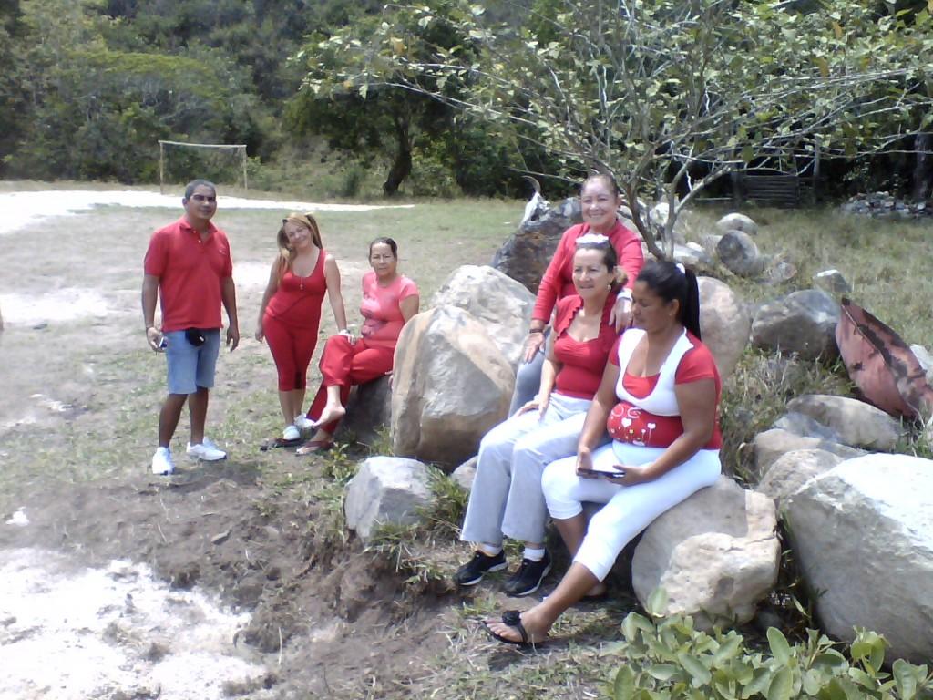 UNIATAS EN CAMPO ABIERTO - SIERRA NEVADA - COMUNIDAD INDIGENA